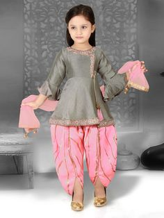 Best Seller Ligh Grey Bell Sleeve Style Kid Girl Suit in Cotton Silk and Fancy Fabric fabric for Party. Girls Frock Design, Kids Frocks Design, Baby Frocks Designs, Baby Dress Design, Stylish Dresses For Girls, Frocks For Girls, Gowns For Girls, Baby Girl Party Dresses, Dresses Kids Girl