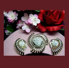 Parures/Sets - Vintage faux diamond brooch earrings. Signed MARBOUX http://www.letsgetvintage.com