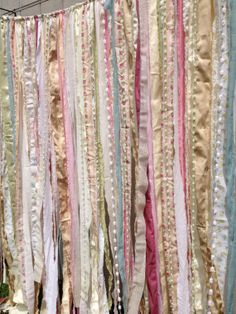 Shabby Rustic Chic Boho Fabric Garland Backdrop - Banner, Nursery, Dorm, Gypsy Festival Curtain, Room Decor - Glamping Caravan- 6 ft x 6 ft Shabby Chic Vintage, Shabby Chic Kitchen, Shabby Chic Decor, Kitchen Rustic, Vintage Keys, Rustic Chic, Boho Chic, Bohemian, Hippie Chic Decor