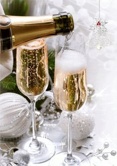 New Year's Champagne Happy New Year 2016, Happy New Year Images, Christmas And New Year, White Christmas, Merry Christmas, Auld Lang Syne, New Year Wallpaper, Wine Photography, Silvester Party