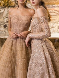 Two gorgeous gowns -- I love the one on the right! Two gorgeous gowns -- I love the one on the right Evening Dresses, Prom Dresses, Formal Dresses, Wedding Dresses, Gold Formal Dress, Long Dresses, Bridesmaid Dress, Couture Dresses, Fashion Dresses