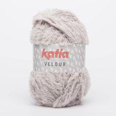Katia VELOUR 10 Farben zur Auswahl   Etsy Laine Katia, Chantal, Winter Hats, Etsy, Pull, Composition, Amigurumi, Big Wool, Human Height