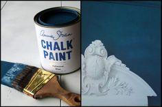 Annie-Sloan-Blue  love the white on blue