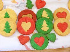 rot wei grn gebck eine moderne variation des klassischen schwarz wei gebcks sind diese bunten pltzchen in den weihnachtsfarben rot und grn rezept - Schwarz Weis Geback Muster Anleitung