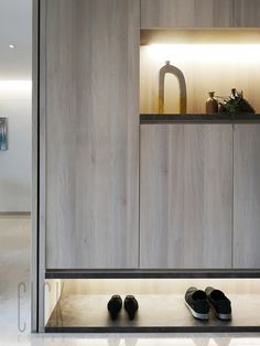 Modern Contemporary, Modern Design, Contemporary Bathrooms, Shoe Cabinet Design, Stores Like Ikea, Modern Tv Wall Units, New Home Construction, Up House, Inexpensive Furniture