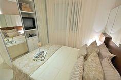 Decoração para quarto de casal pequeno - Small Room #armario #tv #tvnoarmario #quarto