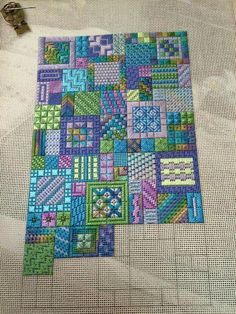 Great idea for a blackwork embroidery. Broderie Bargello, Bargello Needlepoint, Needlepoint Stitches, Needlepoint Canvases, Needlework, Blackwork Embroidery, Cross Stitch Embroidery, Embroidery Patterns, Hand Embroidery