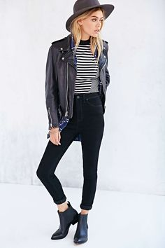 Stripes, leather jacket, felt hat. #uniform