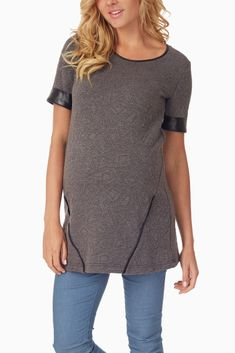 f25467d4a3591 Grey textured leather accent maternity top #womens #fashion Maternity  Activewear, Maternity Tops,