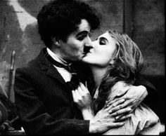 Charlie Chaplin & Edna Purviance: Behind the Screen, 1916 … Charlie Chaplin, Silent Film Stars, Movie Stars, Carole King, Carla Bruni, Antonio Cicero, Edna Purviance, Lady Stardust, Arte Punk