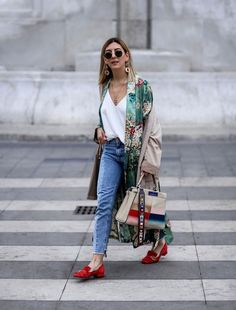 From New York to Paris, there are plenty of style tricks to pick from the podiums of the fashion week, but also from the streets.