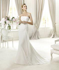 Pronovias apresenta o vestido de noiva Fabula. Fashion 2013. | Pronovias