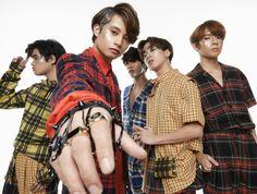 Visuals is on fireeee! Pop Group, Girl Group, Act Training, Korean Entertainment Companies, Pop P, Cute Love Memes, Pop Music, Photoshoot