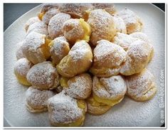 Profiteroles na Bimby - Receitas Bimby Pretzel Bites, Sweet Recipes, Goodies, Food And Drink, Sweets, Bread, Snacks, Dessert, Vegetables