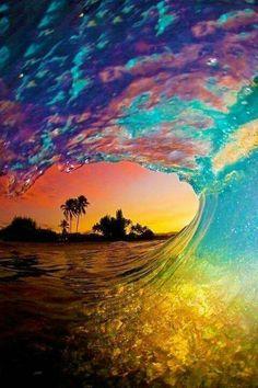 Rainbow waves All Nature, Amazing Nature, Amazing Sunsets, Nature Water, Beauty Of Nature, Beauty Water, Nature Beach, Nature Tree, It's Amazing