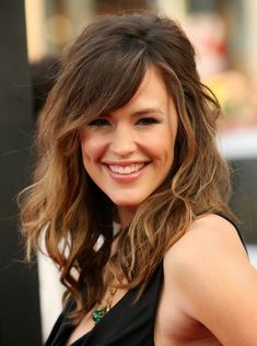 We've gathered our favorite ideas for Best Cool Hairstyles Long Wavy Weave Hairstyles, Explore our list of popular images of Best Cool Hairstyles Long Wavy Weave Hairstyles in long hairstyles wavy hair. Medium Brunette Hair, Bangs With Medium Hair, Medium Hair Styles, Curly Hair Styles, Wavy Bangs, Hot Brunette, Braid Bangs, Wavy Weave Hairstyles, Long Face Hairstyles
