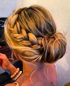 https://weddighair.blogspot.co.uk/2014/11/wedding-updos.html Wedding Updos - Weddig Hair