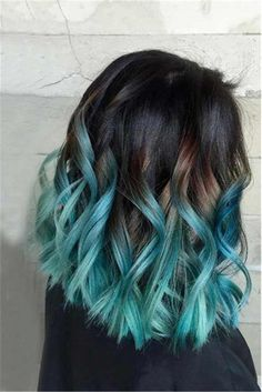 Fantastic Ombre Hair Color Ideas You Should Try This Summer; Ombre Hair Color In Summer; Hair Dye Colors, Ombre Hair Color, Cool Hair Color, Brown Hair Colors, Ombre Bob, Short Ombre, Pelo Color Azul, Best Ombre Hair, Ombre Hair Brunette