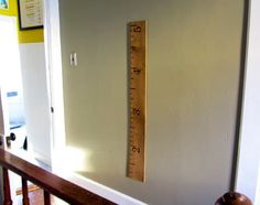 We've all seen the oversize ruler growth charts appear over the last several years. If you've been wanting to make your own, check out this tutorial that's not only made from 100% free household finds, but is eco friendly to boot! It even puts your morning coffee grinds to use.