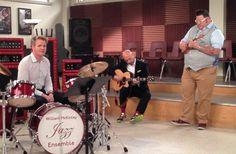 WTF Are Gordon Ramsay, Joe Bastianich & Graham Elliot Doing On The Set Of Glee?