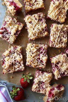 Brown Butter Strawberry Crumb Bars | Tutti Dolci