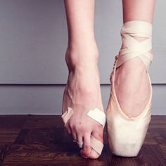 Awesome Video!! -NYC Ballet dancers reveal what they have given up since childhood to pursue their passion.