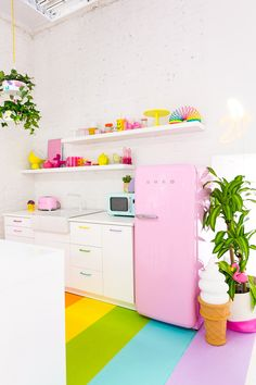Aww Sam Studio: Rainbow Kitchen Reveal!