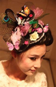 New Style Garden Top Hat Hair Fascinator (Style Code: 10693) $24.99