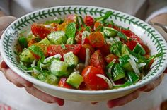 Lebanese Cucumber & Tomato Salad with Mint - Rose Water & Orange Blossoms Recipes With Beef And Vegetables, Healthy Beef Recipes, Chilli Recipes, Mint Recipes, Ground Beef Recipes Easy, Salad Recipes, Summer Recipes, Free Recipes, Vegetarian Recipes