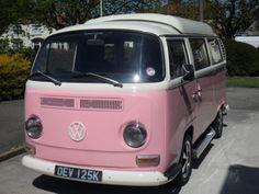 VW-CAMPERVAN-EARLY-BAY-1971