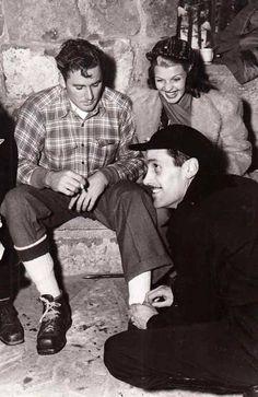 Errol Flynn and Rita Hayworth in Sun Valley, Hooray For Hollywood, Hollywood Icons, Old Hollywood Glamour, Golden Age Of Hollywood, Vintage Hollywood, Hollywood Stars, Classic Hollywood, Hollywood Pictures, Errol Flynn