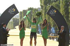 Peter Sagan winning his green jersey at the TdF France Photos, Pro Cycling, Road Racing, World Championship, Tours, Bike, Green, Legs, Bicycle