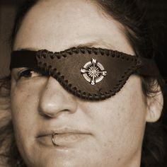 Die Augenklappen sind für Rechts und Links geeignet
