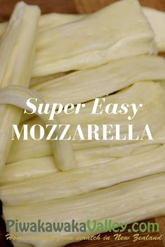 Making your own fresh mozzarella is super simple and delicious. Here is an easy, step by step, 30 minute fresh mozzarella recipe that you can try at home. Beginner Baking Recipes, Tofu, Homemade Cheese, Homemade Mozzerella, How To Make Cheese, Making Cheese, Microwave Bowls, Recipe From Scratch, Fresh Mozzarella