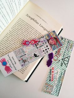 Harry Potter Luna Lovegood//Handmade: Bookmark by Boookmarky Harry James Potter, Harry Potter Books, Luna Lovegood Aesthetic, Desenhos Harry Potter, Diy Bookmarks, Wallpaper Stickers, Harry Potter Aesthetic, Book Photography, Crafts To Do