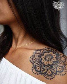 beautiful fresh jagua art by copenhenna shoulder tattoo created by using jagua jagua is 448249587772 Henna Tattoo Designs, Henna Style Tattoos, Tattoo Henna, Mandala Tattoo Design, Head Tattoos, Forearm Tattoos, Get A Tattoo, Cute Tattoos, Beautiful Tattoos