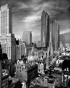Midtown Manhattan by Alfred Eisenstaedt. 1939 http://teaatfiverumatfour.tumblr.com/post/18996450560/silfarione-midtown-manhattan-by-alfred