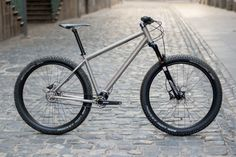 jeronimo-cycles_ti-mtb-pinion_275titanium-off-road-adventure-hardtail-mountain-bike_complete