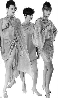 Yasmin Le Bon, Linda Evangelista & Paulina Porizkova - DONNA KARAN Runway Show 1989/90