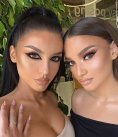 Learn How To sell your photos online easily And Make Profits. Makeup On Fleek, Flawless Makeup, Cute Makeup, Pretty Makeup, Skin Makeup, Makeup Trends, Makeup Tips, Beauty Makeup, Hair Beauty