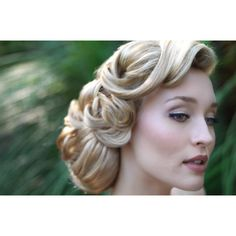 Vintage wedding hairstyle found on Polyvore- if I had long hair, this is what would be done :)