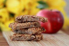 Vegan pochúťky z vločiek a ovocia nie len pre detičky, fotogaléria 1 / Krispie Treats, Rice Krispies, Ale, Sausage, Cereal, Vegan, Breakfast, Desserts, Eggs