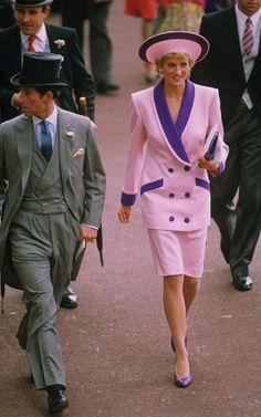 Princess Diana in Catherine Walker with Phillip Sommerville hat - Royal Ascot, June 1990 Princess Diana Dresses, Princess Diana Fashion, Prince And Princess, Princess Kate, Princess Of Wales, Real Princess, Disney Princess, Lady Diana Spencer, Royal Ascot
