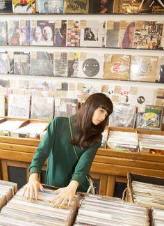 Vinyl stores (again) Japanese Models, Japanese Girl, Japanese Song, Nana Komatsu, Asia Girl, Asian Style, In This World, Ulzzang, Editorial Fashion