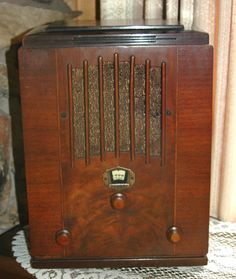 """Love an antique console radio.  I can already hear """"The Shadow"""", """"Jack Armstrong"""" and """"The Breakfast Club"""""""