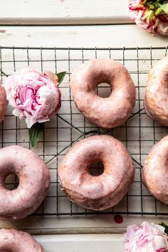 Embracing strawberry season with these pretty Strawberry Glazed Chai Doughnuts. Homemade brioche doughnuts, flavored with chai spice, and finished with a perfectly sweet strawberry, white chocolate glaze. Truly the icing on the cake…or doughnut. Strawberry Glaze, Strawberry Filling, Donuts, Donut Recipes, Healthy Dessert Recipes, Delicious Recipes, Breakfast Recipes, Tasty, Breakfast Bites