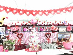 7 Best Valentine S Day Office Decor Images On Pinterest Cubicle