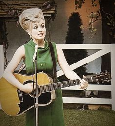 Country music superstar, Dolly Parton, in the Country Music Artists, Country Music Stars, Country Singers, Old Country Music, Vintage Country, Cultural, Music Icon, Music Film, Thats The Way