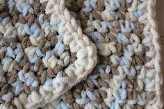 030115_easy_beginner_crochet_free_pattern  http://www.cravethegood.com/2015/03/diy-lux-crochet-baby-blanket/