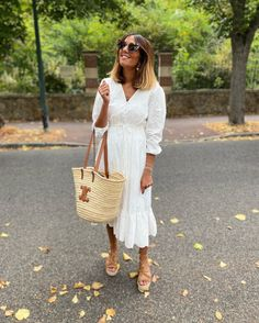 Outfit Look, Ootd, Straw Bag, Summer Outfits, Spring Summer, Instagram, Bags, Fashion, Handbags
